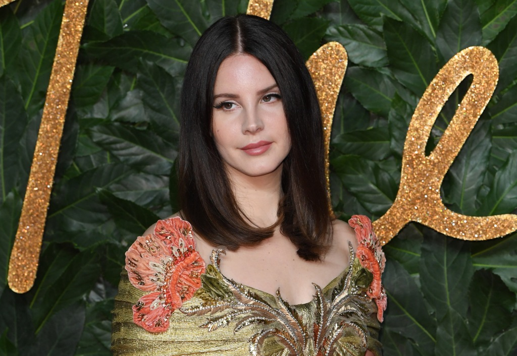 Hear Lana Del Rey's 'Season of the Witch,' 'Looking for America