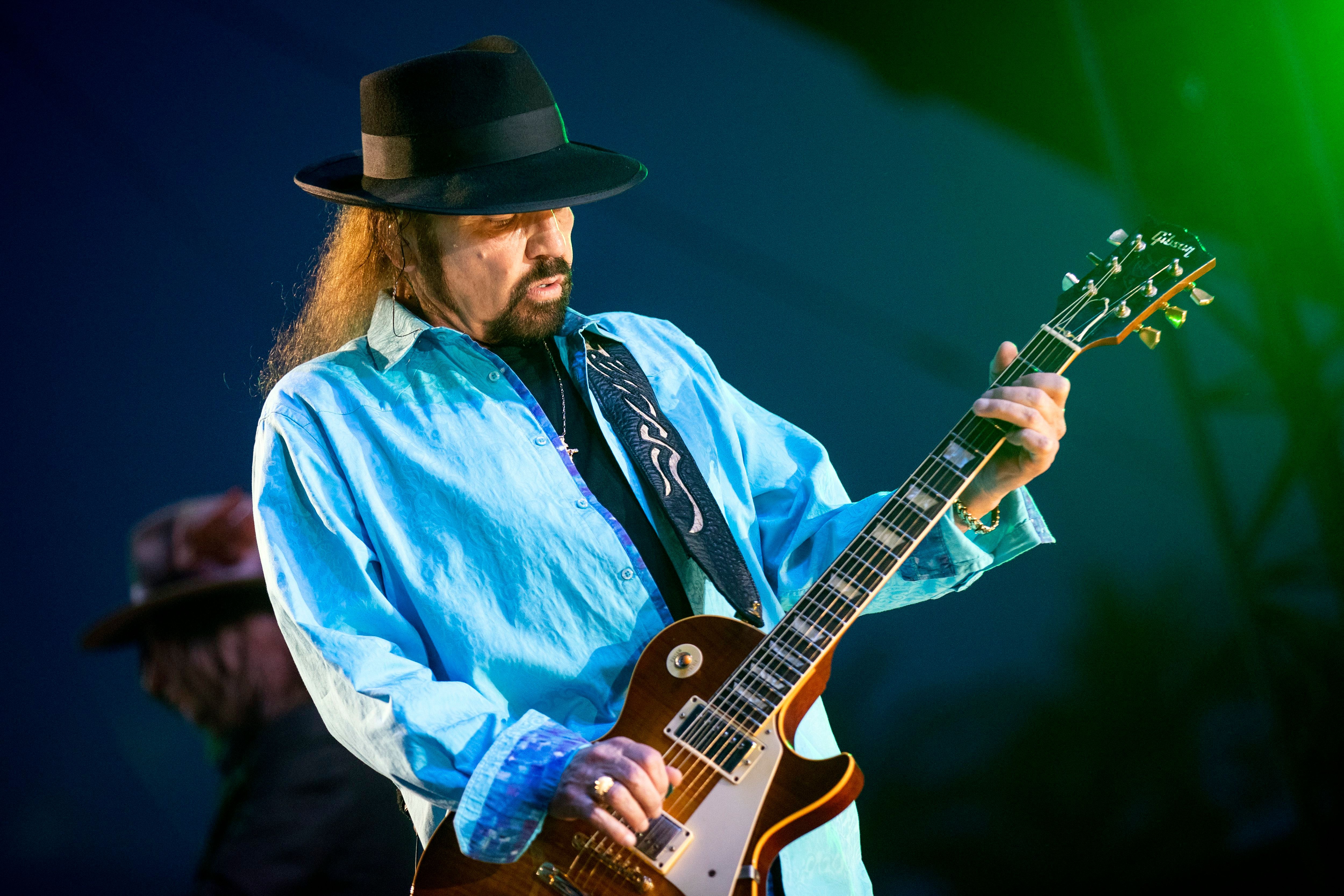 lynyrd skynyrd postpone tour as gary rossington recovers from surgery rolling stone. Black Bedroom Furniture Sets. Home Design Ideas