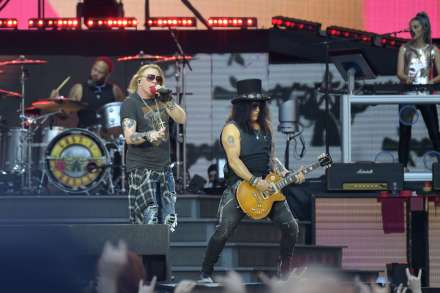 Guns N' Roses to Settle Trademark Lawsuit Over Brewery's Guns 'N' Rose Beer