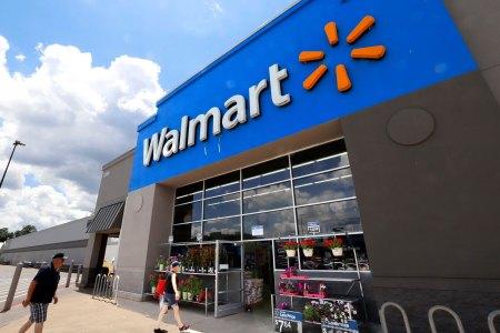 Walmart Officially Bans E-Cigarettes