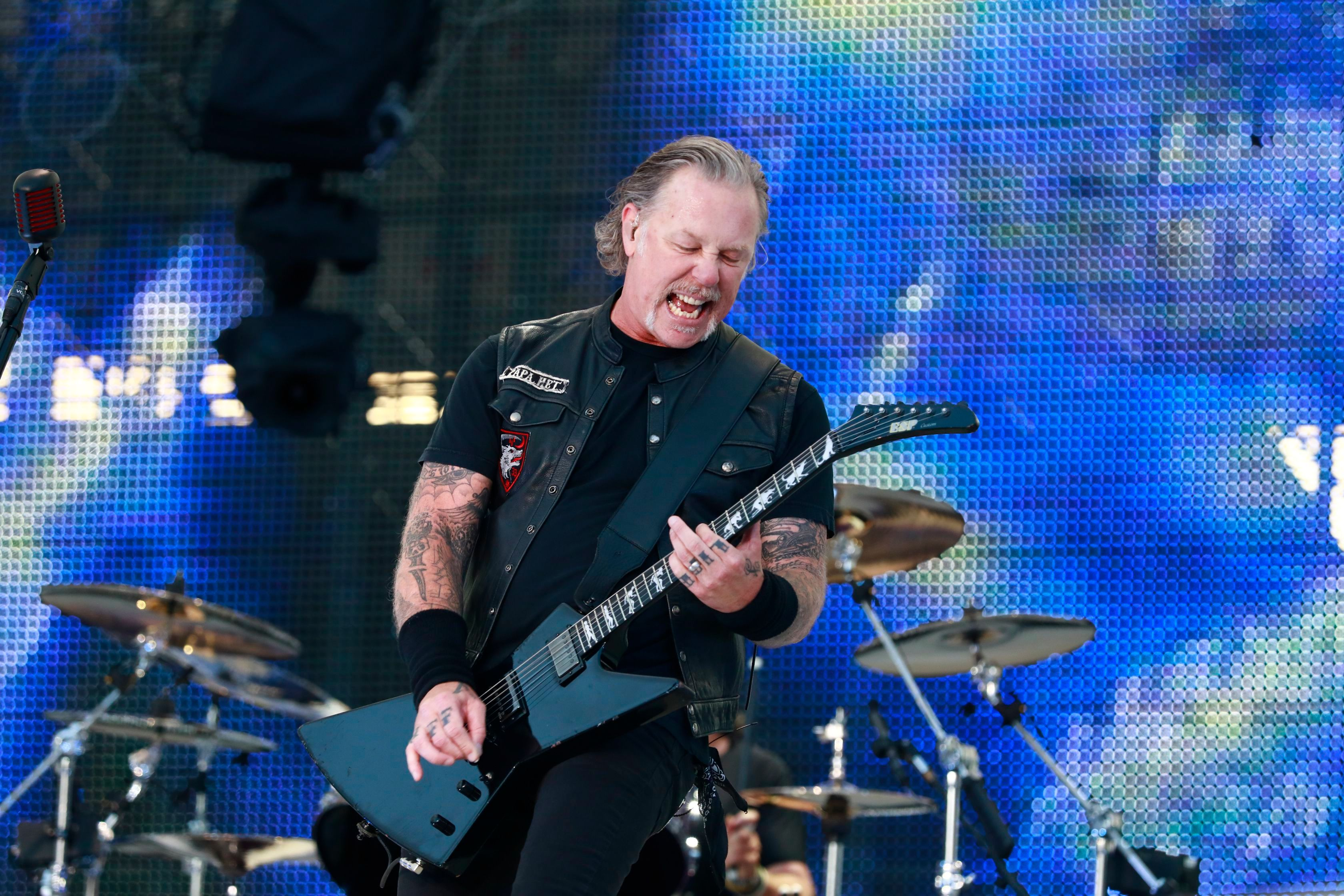 Metallica Cancel Tour as James Hetfield Returns to Rehab