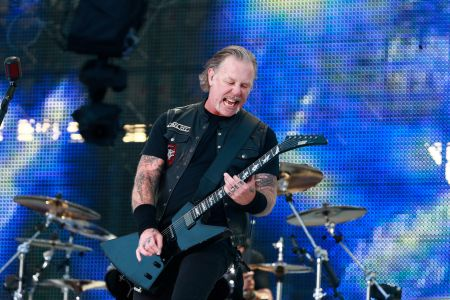 Metallica Cancel Tour as James Hetfield Returns to Rehab