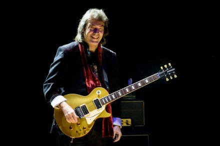 Genesis Guitarist Steve Hackett Talks 'Selling England by the Pound' Tour