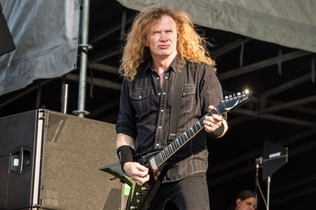 Megadeth's Dave Mustaine Gives Cancer Update: 'My Doctors Are Very Positive'