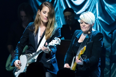 The Dixie Chicks Return to Country Radio, Prompting Angry Calls