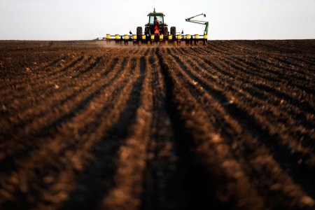 How Big Agriculture Is Preventing Farmers From Combating the Climate Crisis