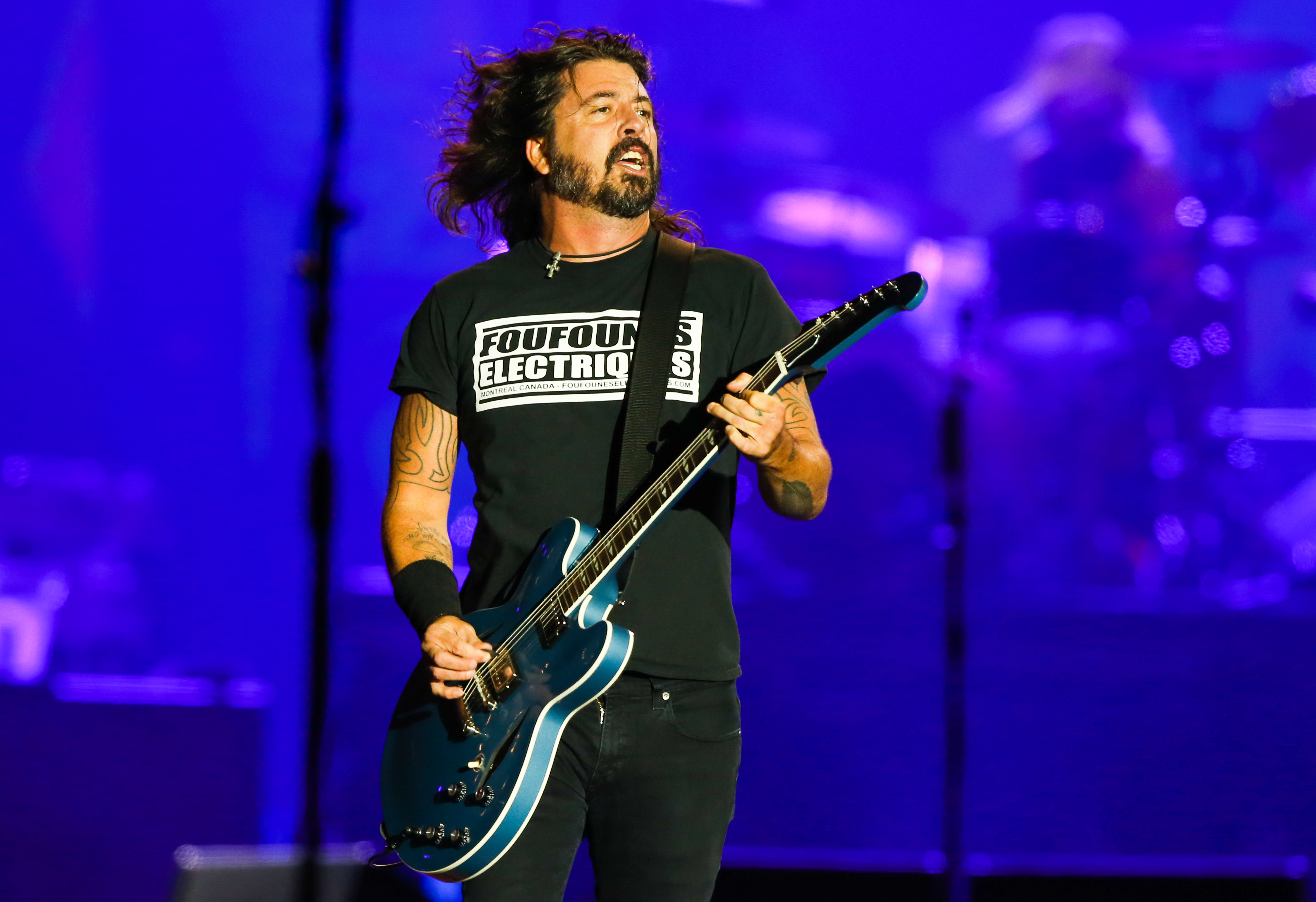 Dave Grohl Cried A Little Bit Hearing Weezer Cover Nirvana