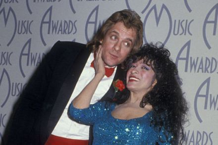 Ronnie Spector Pays Tribute to Eddie Money: 'I Loved His Voice, He Loved Mine'