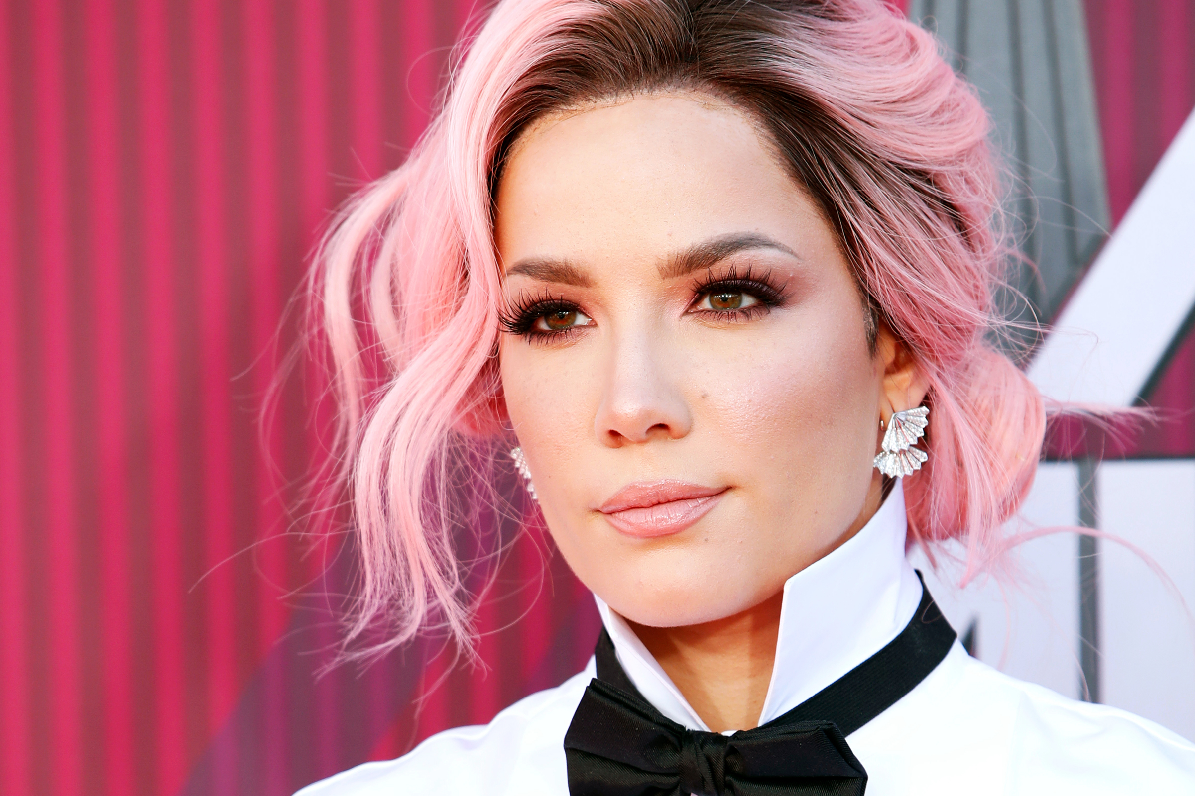 Halsey Interview: What Inspired 'Nightmare,' Her First Grammy Night - Rolling Stone2400 x 1600