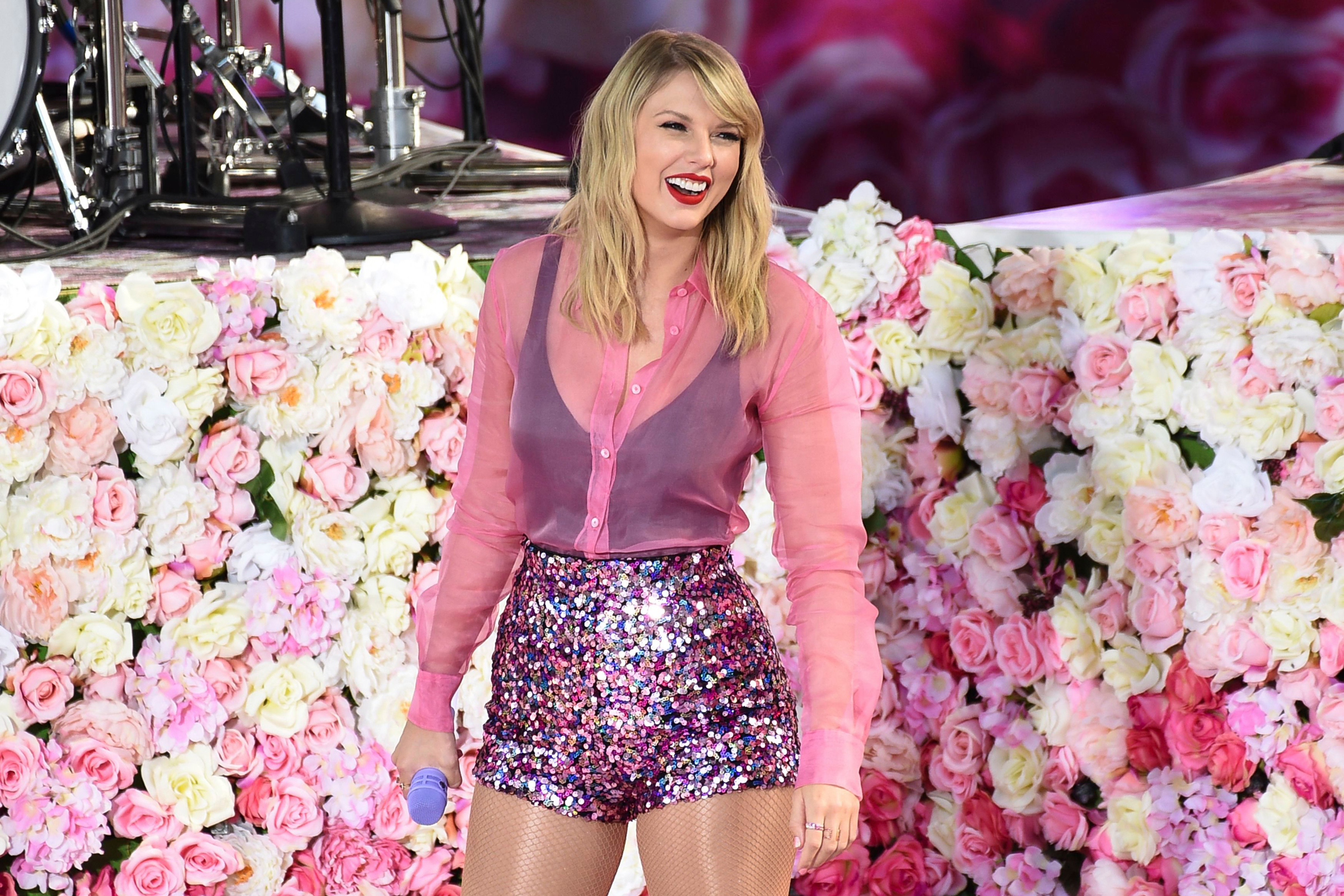 Taylor Swift On Writing Lover The Reputation Tour And More Rolling Stone