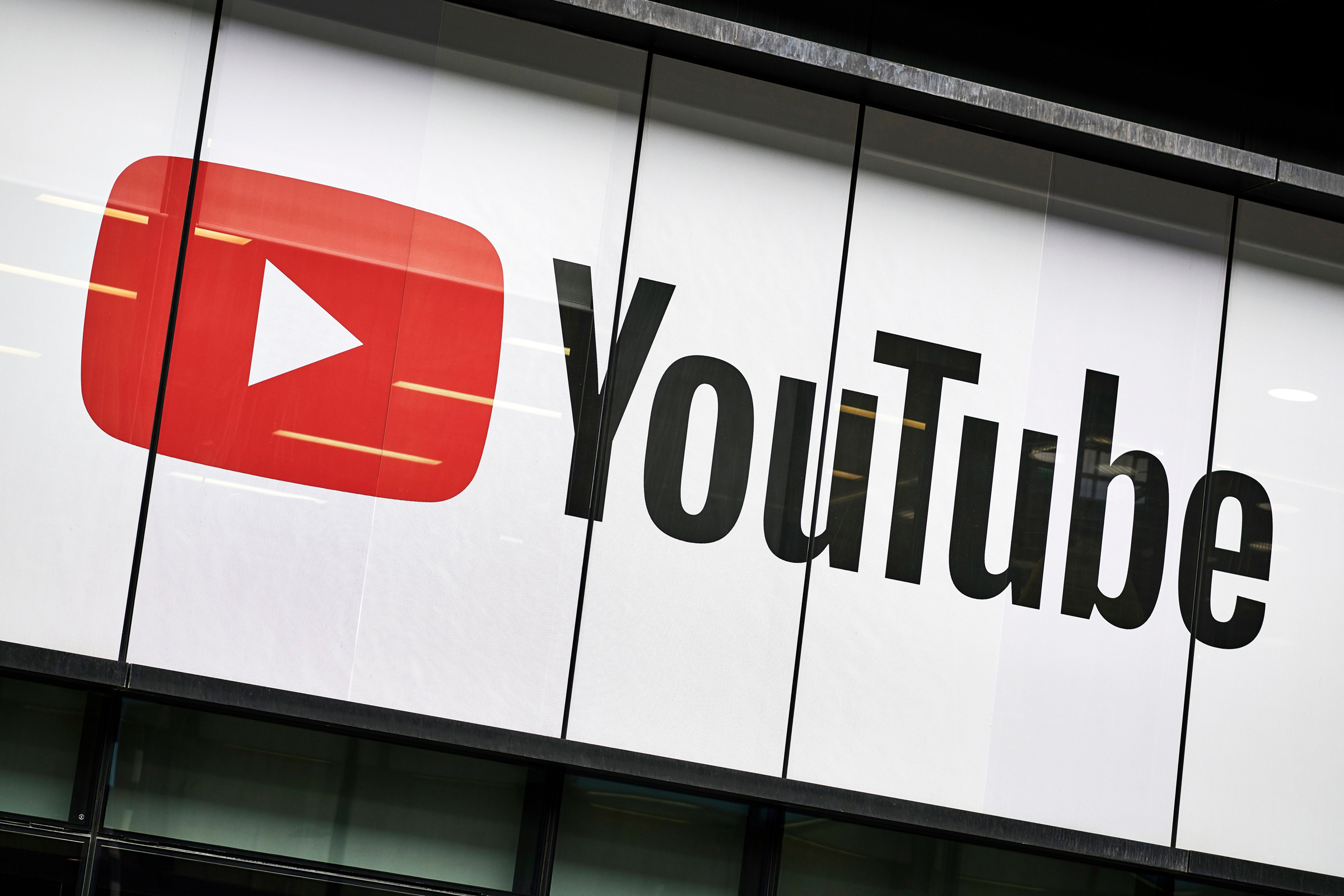 'They Legitimized Buying Views': YouTube Ads Divide the Latin Music Industry