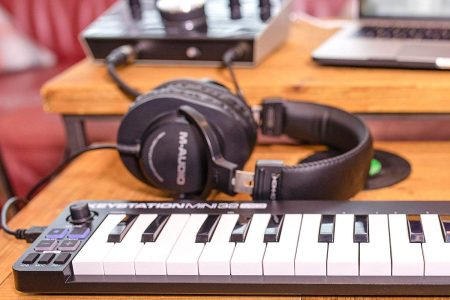 The Best MIDI Keyboard Controllers