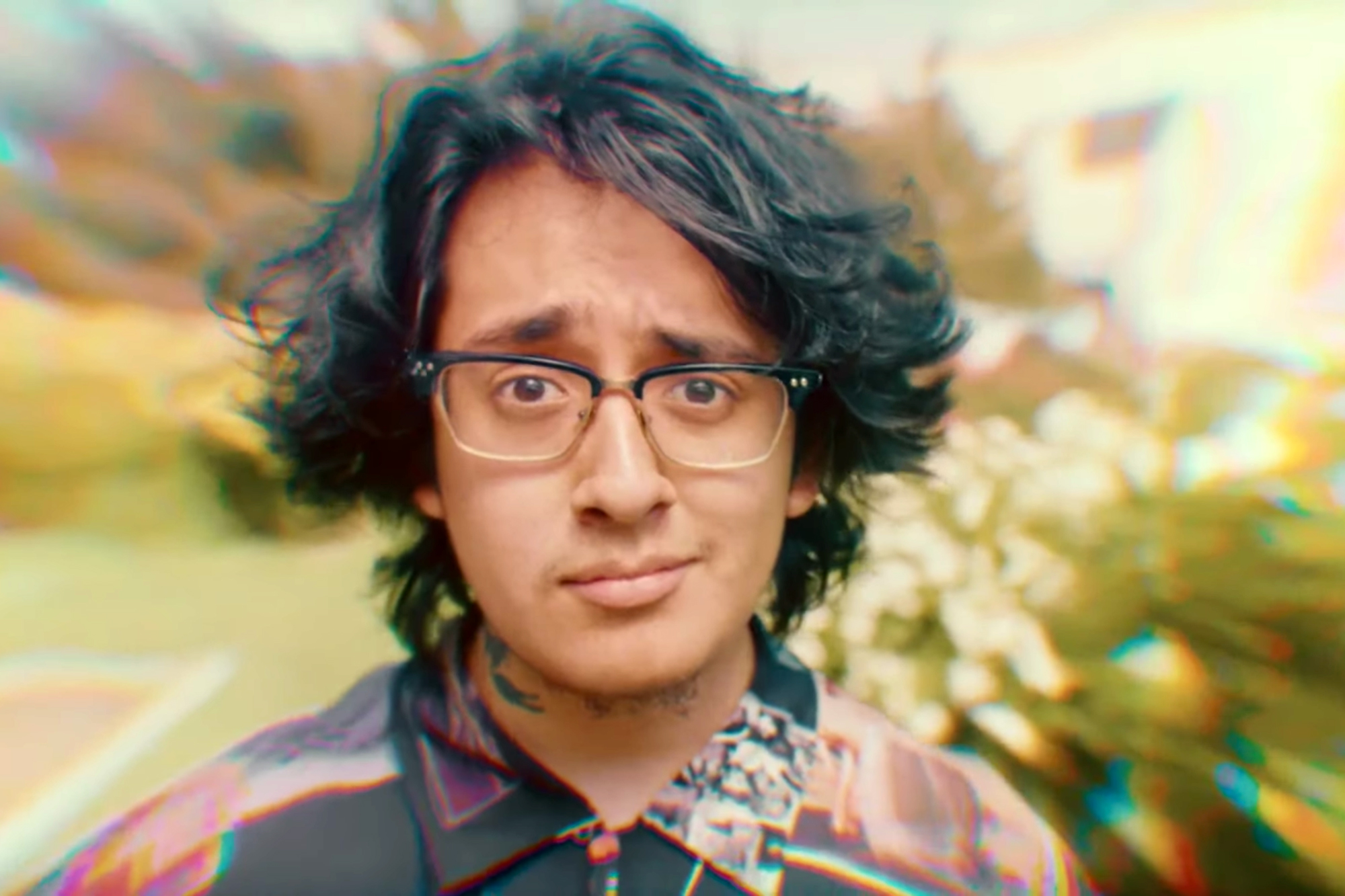 Cuco, Suscat0 Take One Hell of a Trip in 'Keeping Tabs' Video