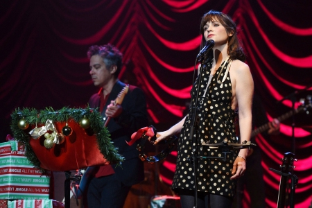 She And Him Christmas.She Him Announce North American Holiday Tour Rolling Stone