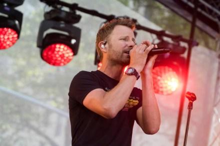 Dierks Bentley, Chris Shiflett Talk Seven Peaks Festival on 'Walking the Floor' Podcast