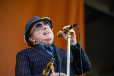 Van Morrison to Release Protest Songs Against Covid-19 Lockdown