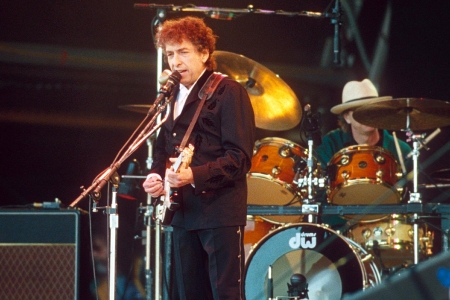 How Bob Dylan's 'Make You Feel My Love' Became a Modern Standard