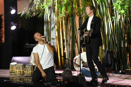 Watch Chris Martin Join Beck For Lively Performance of 'Loser'