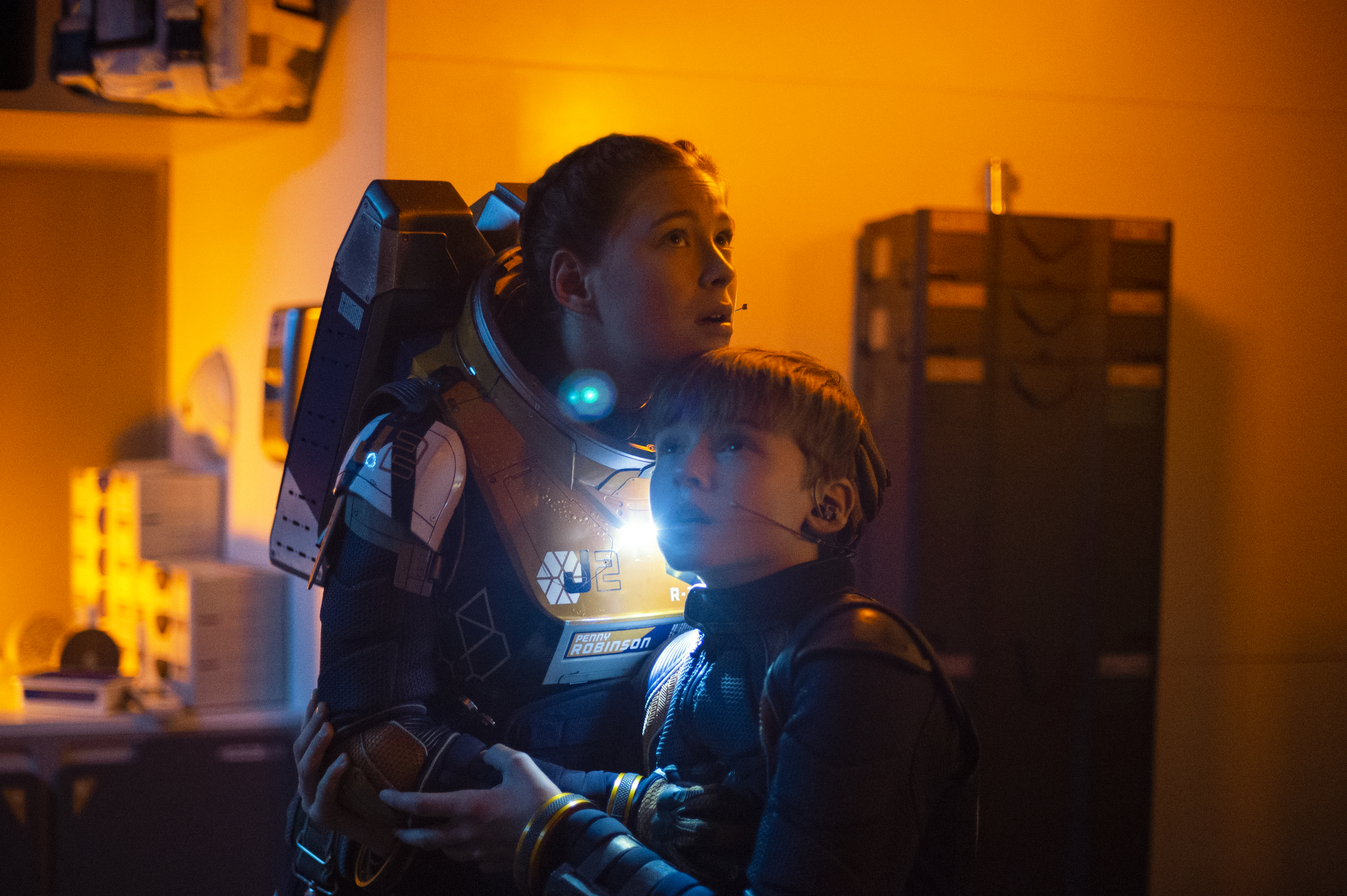Robinson Family Faces More Danger In Lost In Space Season 2