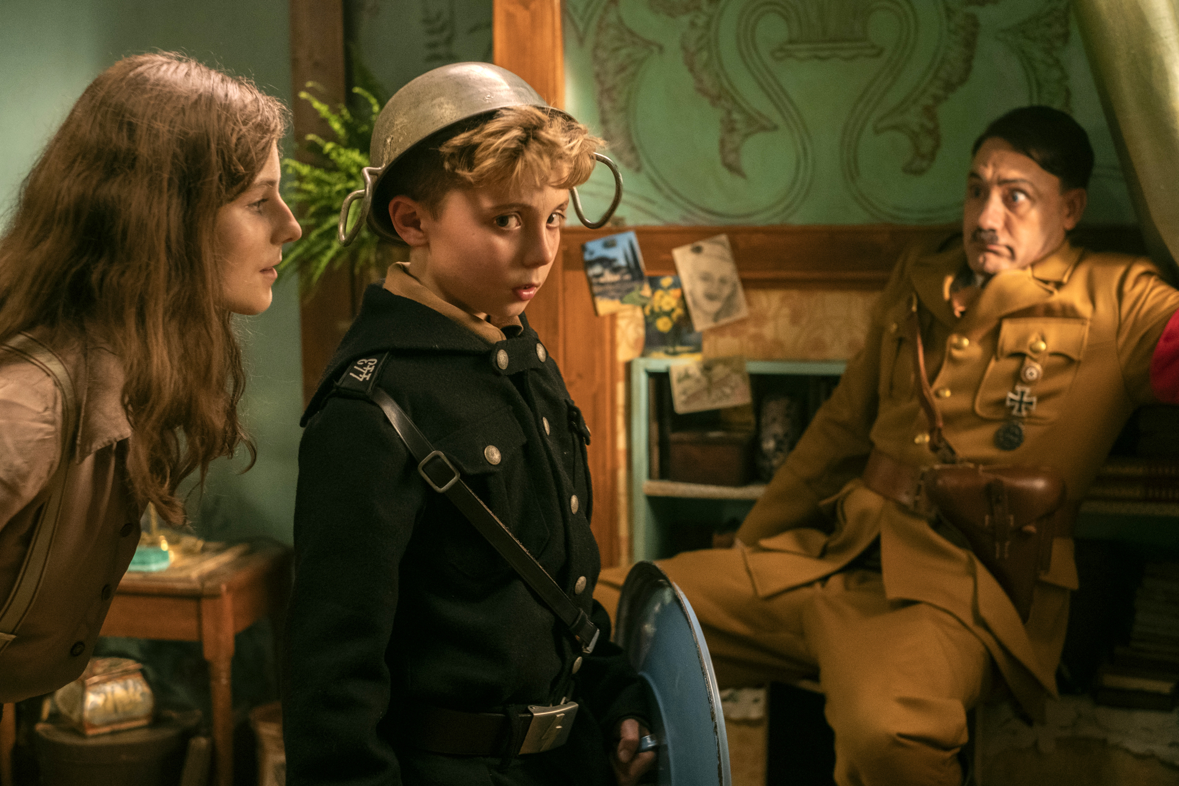 Jojo Rabbit' Movie Review: A Hit-or-Miss Hitler Comedy With a ...