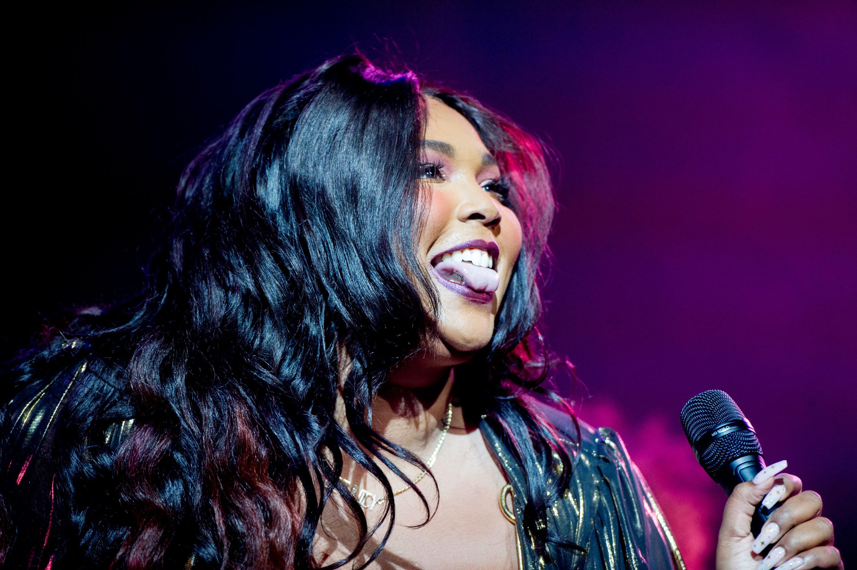 Iggy Azalea | Grammy Awards 2015: Photos From the Red