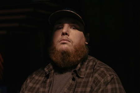 Luke Combs' is a Relatable Mainstream Country Everyman on 'What You See Is What You Get'