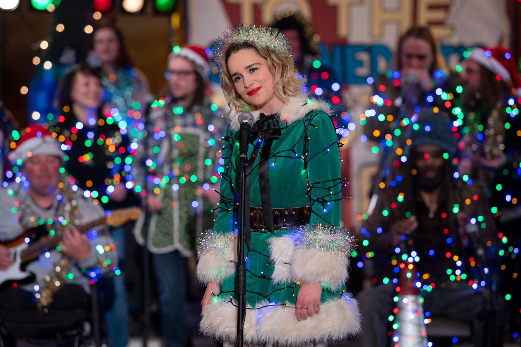 Last Christmas Movie Review When Holiday Movies Go Very Very Wrong Rolling Stone