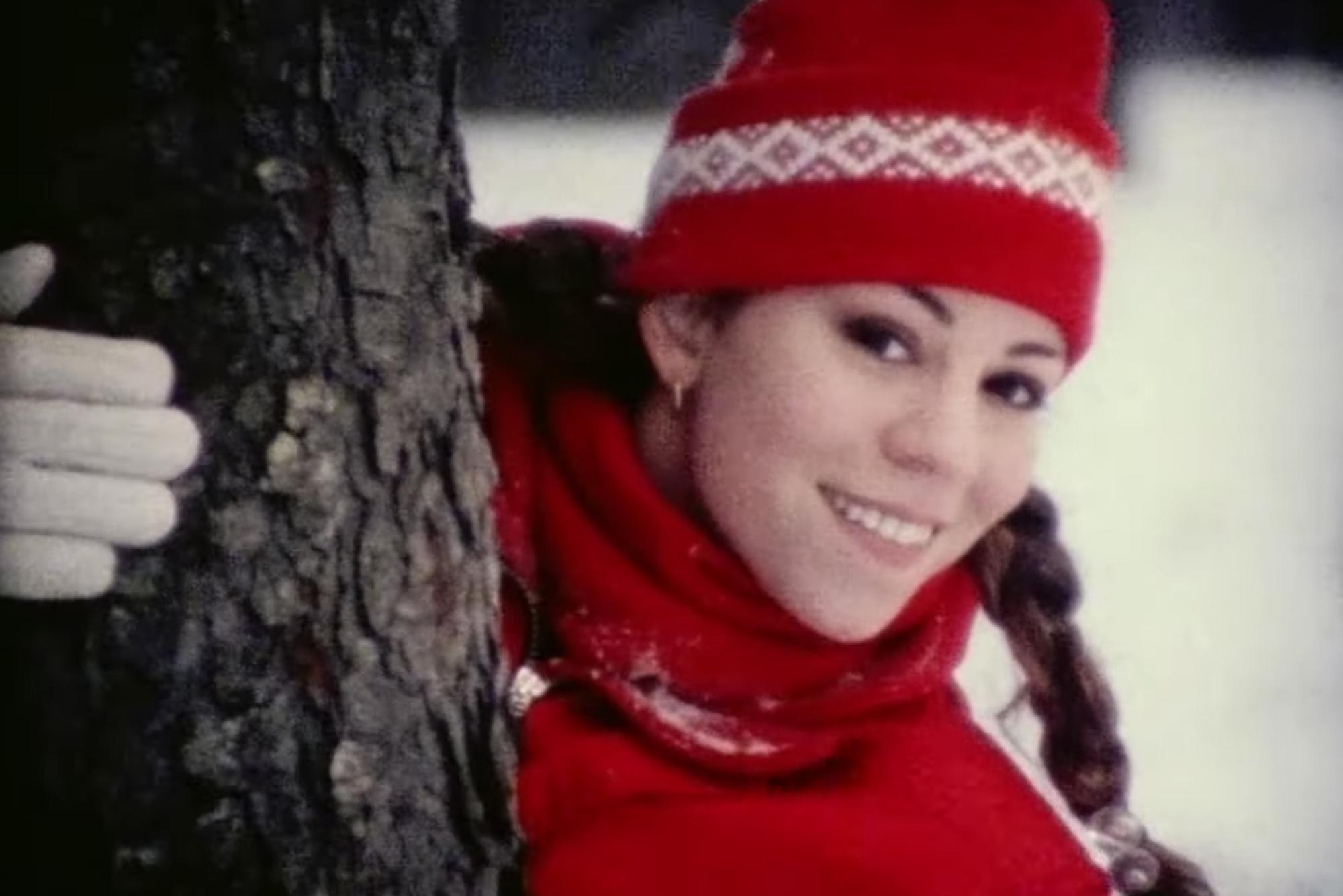Znalezione obrazy dla zapytania mariah carey all i want for christmas