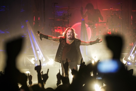 13 'Farewell' Tours That Didn't Stick — From Mötley Crüe to Kiss