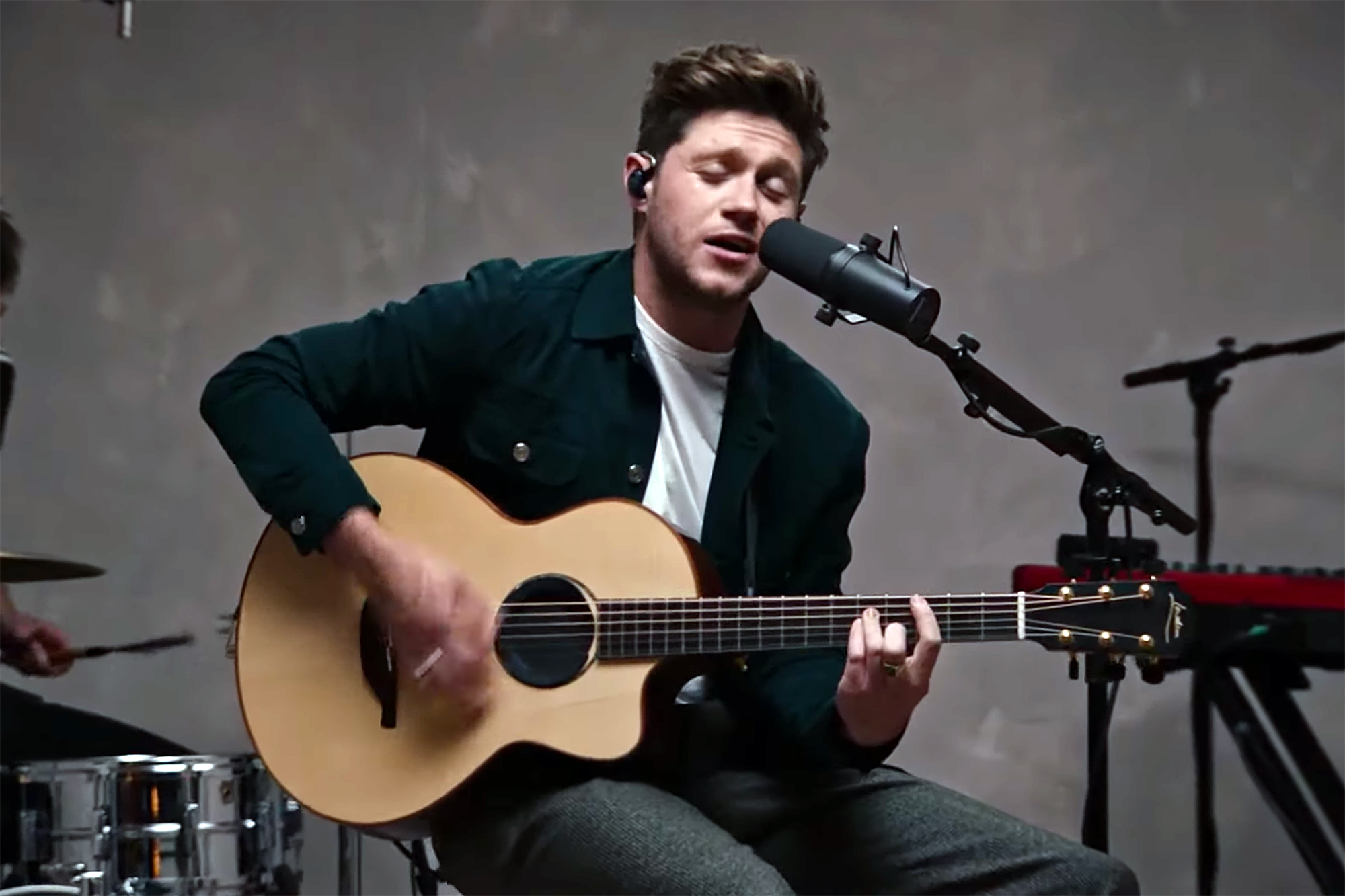 Watch Niall Horan Perform Acoustic Version of 'Nice to Meet Ya' - Rolling Stone