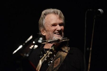 Kris Kristofferson to Receive Willie Nelson Lifetime Achievement Honor at CMA Awards