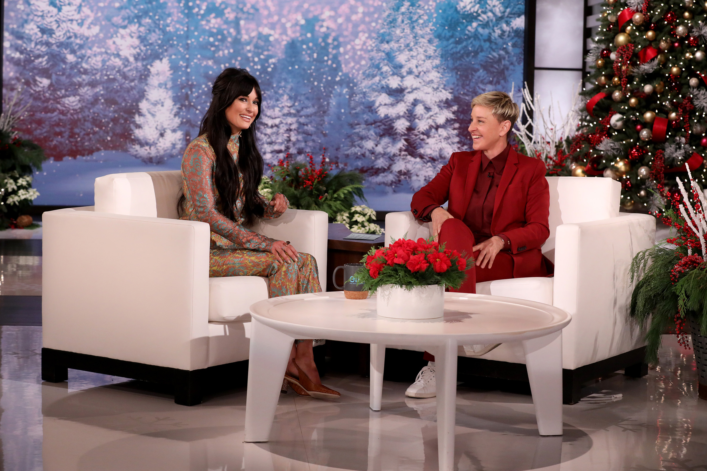 Kacey Musgraves Talks Helping Out a Photo Business on 'Ellen'