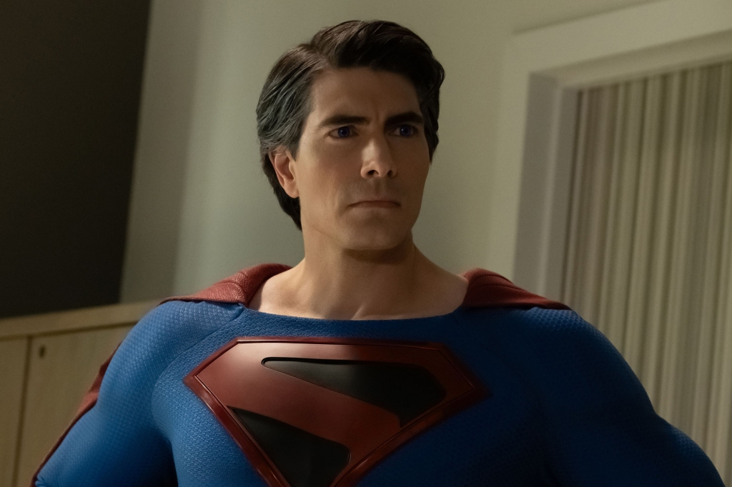 """Batwoman -- """"Crisis on Infinite Earths: Part Two"""" -- Image Number: BWN108b_0181.jpg -- Pictured: Brandon Routh as Superman -- Photo: Katie Yu/The CW -- © 2019 The CW Network, LLC. All Rights Reserved."""