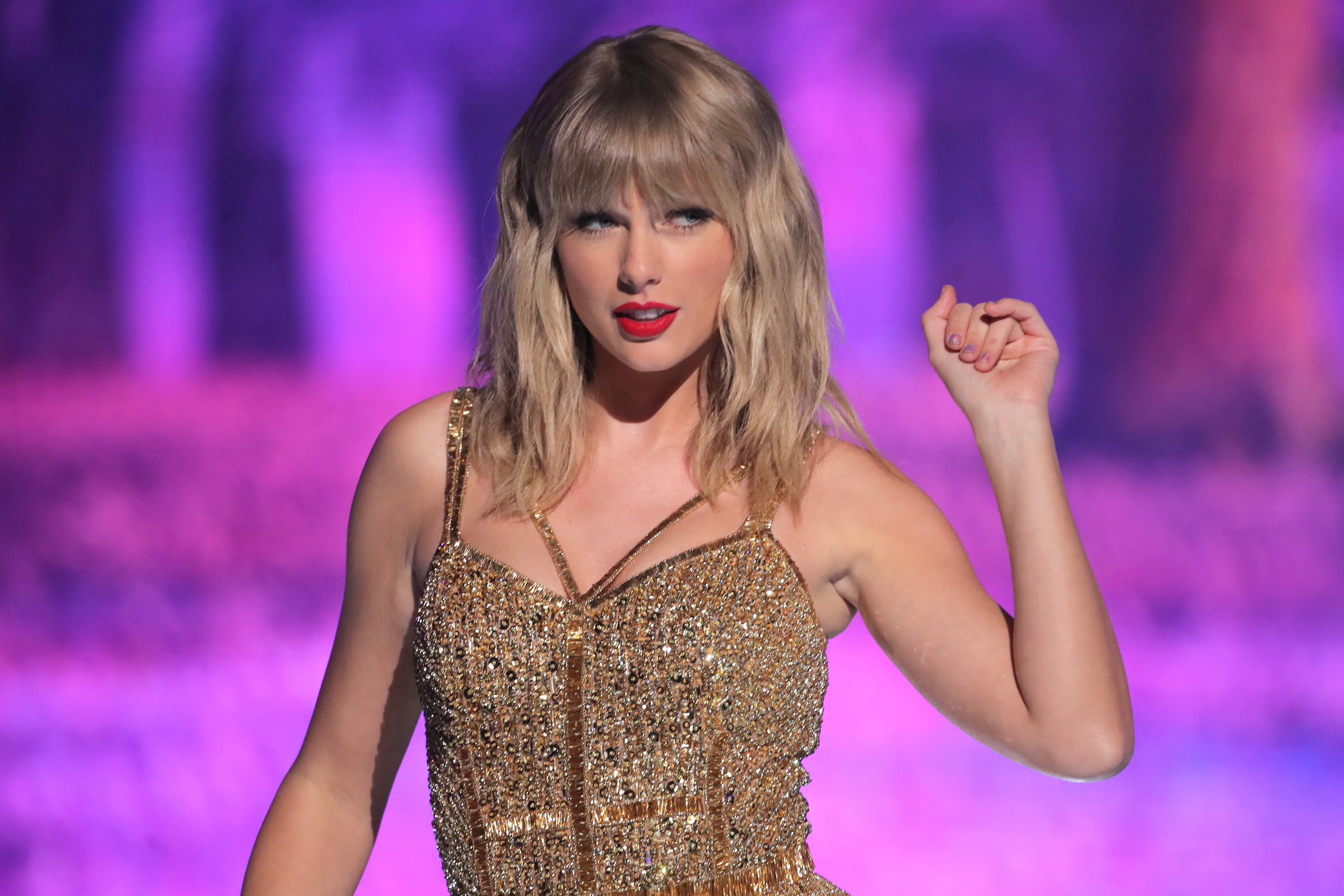 Taylor Swift Is Re Recording Her Hits Here S What She Might Be Facing Rolling Stone