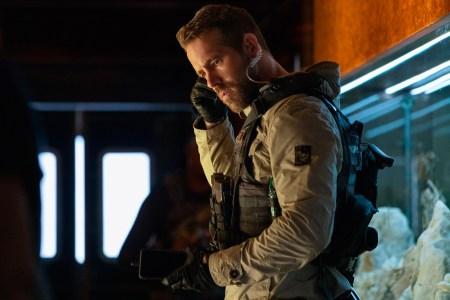'6 Underground': Movie Stars, Action, Guns, Booms, T&A, Michael Bay