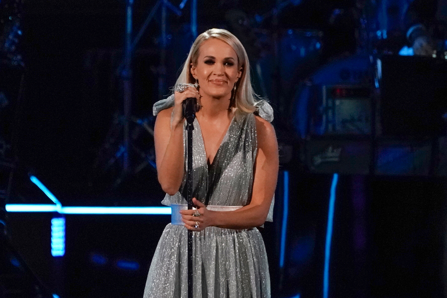 Carrie Underwood Sings for Linda Ronstadt at Kennedy Center Honors - Rolling Stone