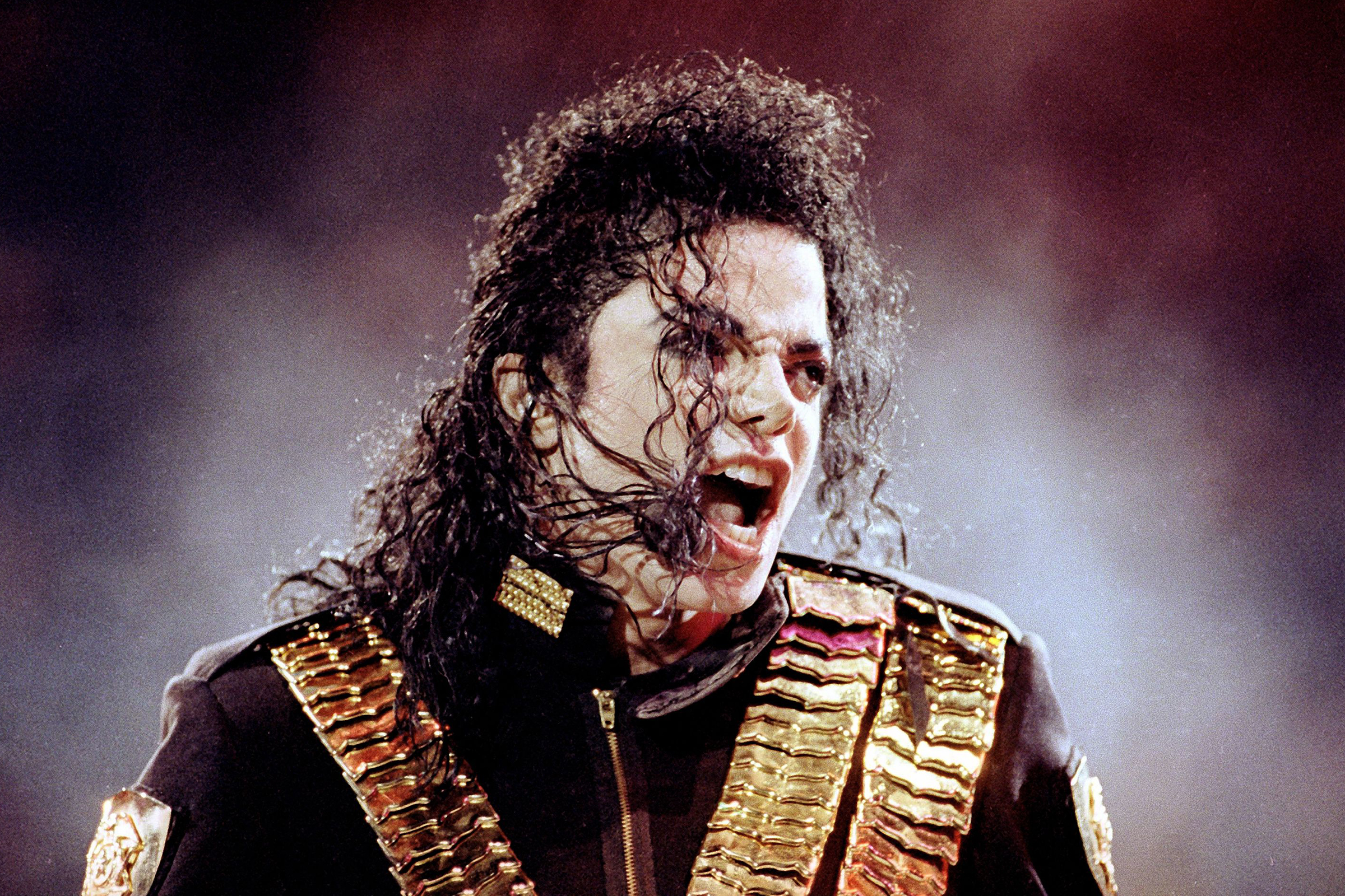 Michael Jackson Estate Settles Copyright Lawsuit With Disney Over TV Special thumbnail