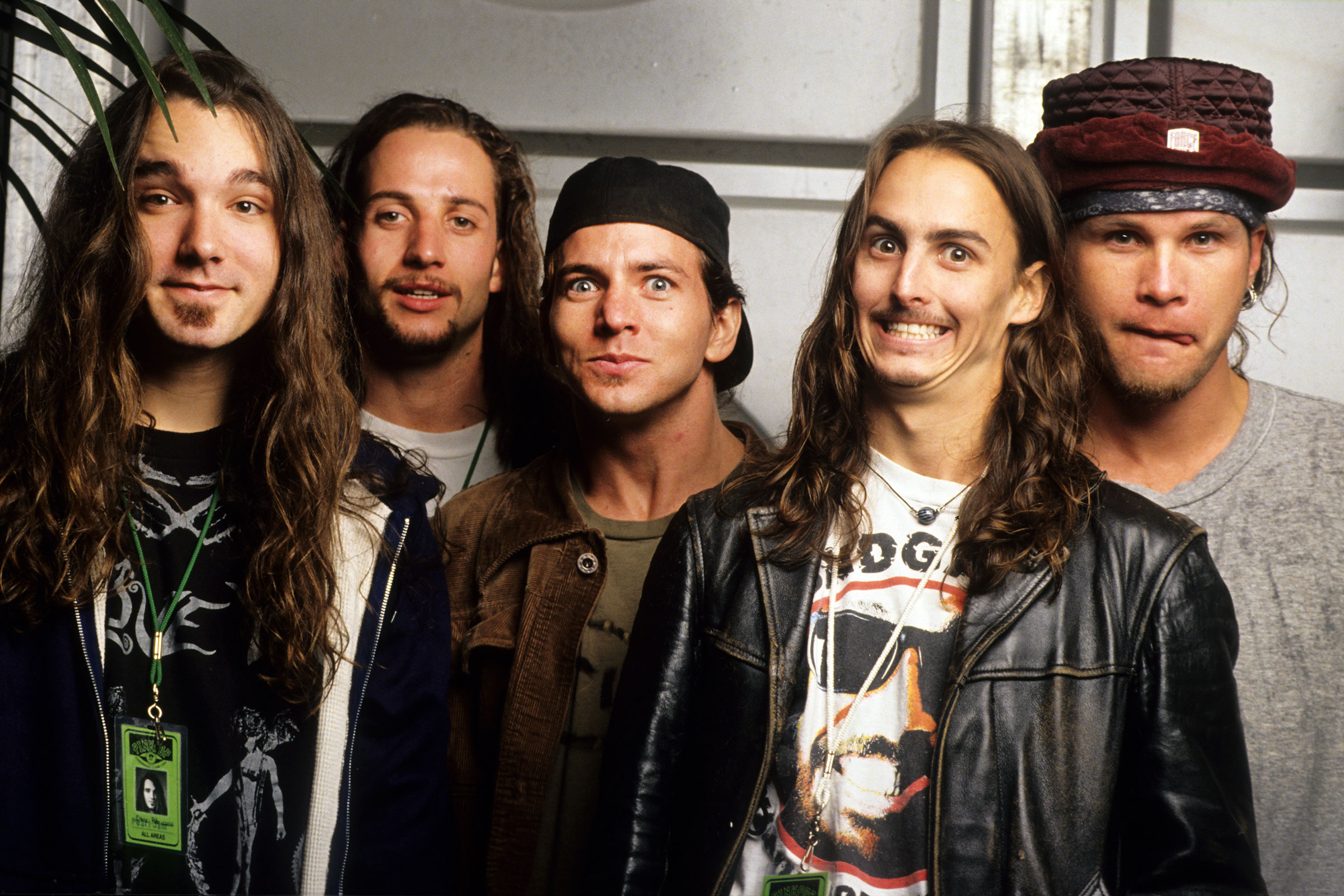 Flashback: Pearl Jam Perform a Ferocious Alive on the