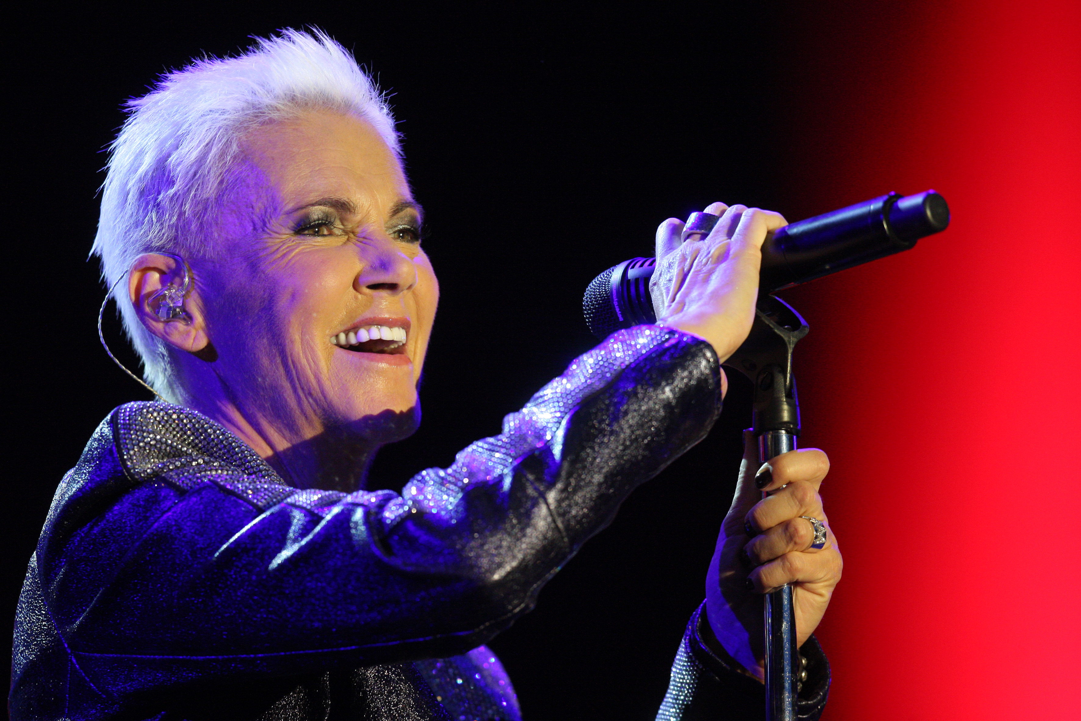 Roxette Singer Marie Fredriksson Dead After Long Cancer ...