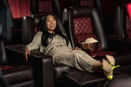 'Awkwafina Is Nora From Queens' Review: A Star in Search of Herself