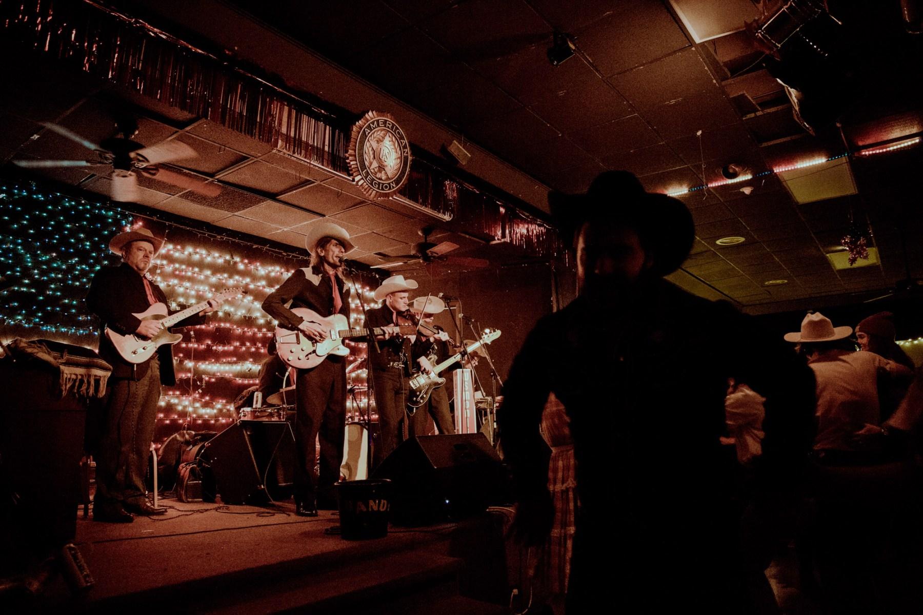 nashville music scene, hangouts, clubs, bars