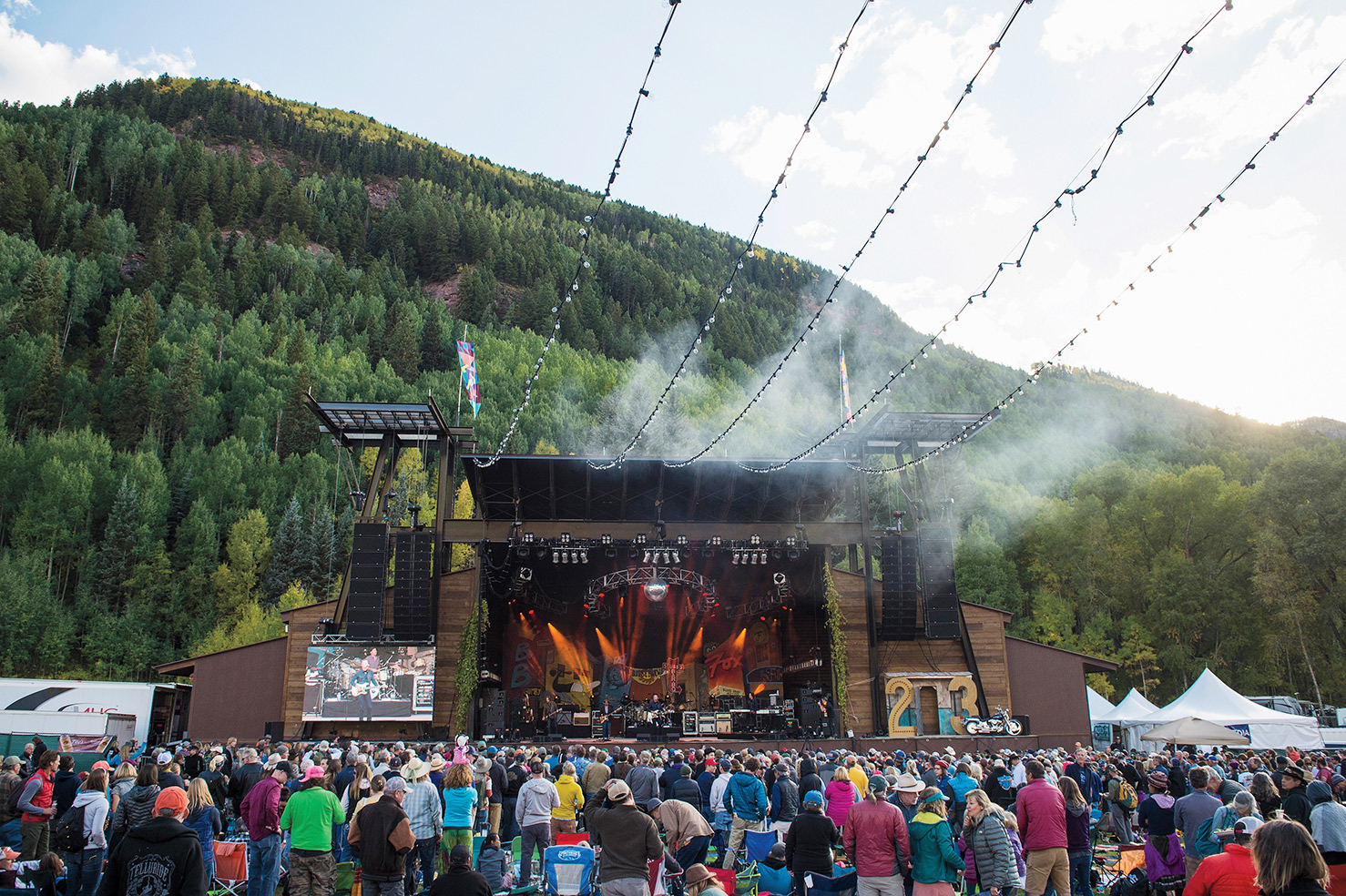 TELLURIDE, CO - SEPTEMBER 16: Jason Isbell & The 400 Unit perform on September 16, 2016 in Telluride, Colorado. (Photo by Erika Goldring/FilmMagic)