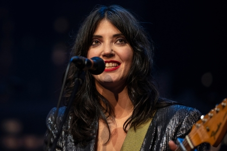 Sharon Van Etten Delivers 'Seventeen' With a Mighty Howl on 'Austin City Limits'