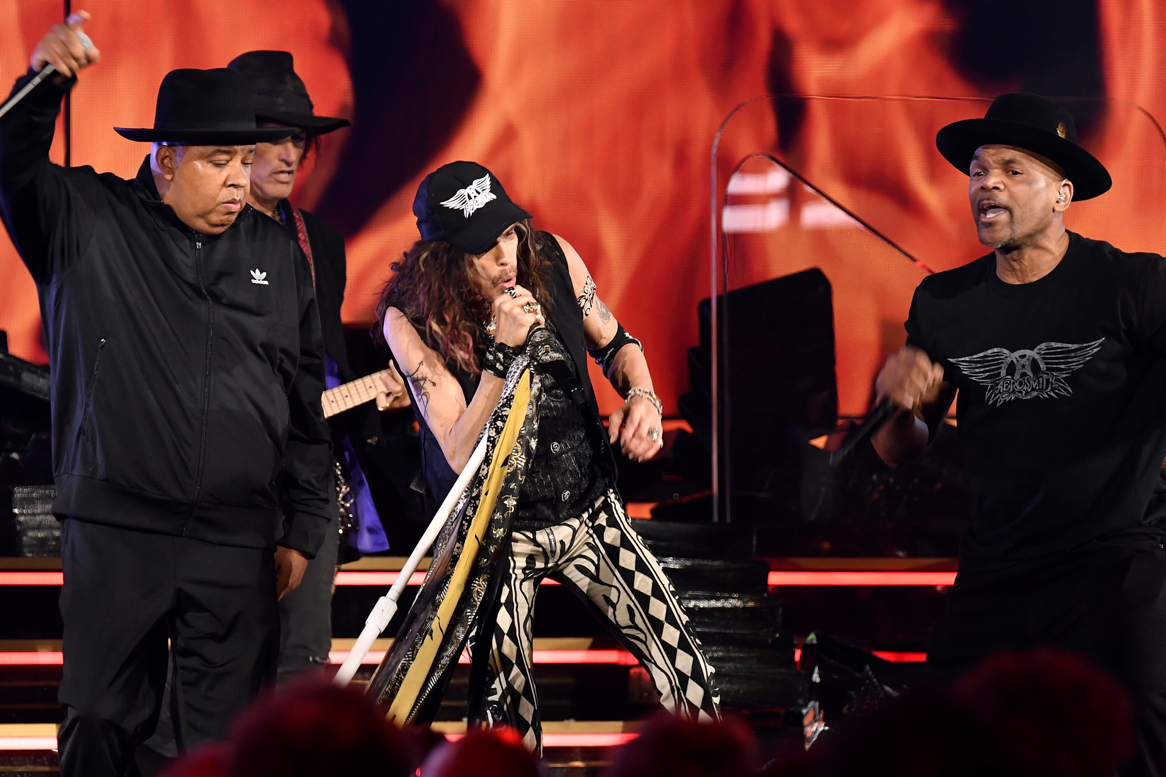 Grammys 2020 Aerosmith Reunite With Run D M C For Walk This Way Rolling Stone