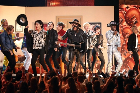 I Sing The Body WTF: 13 Thoughts on the 62nd Grammys