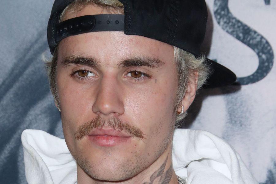 Justin Bieber announces new album and tour.