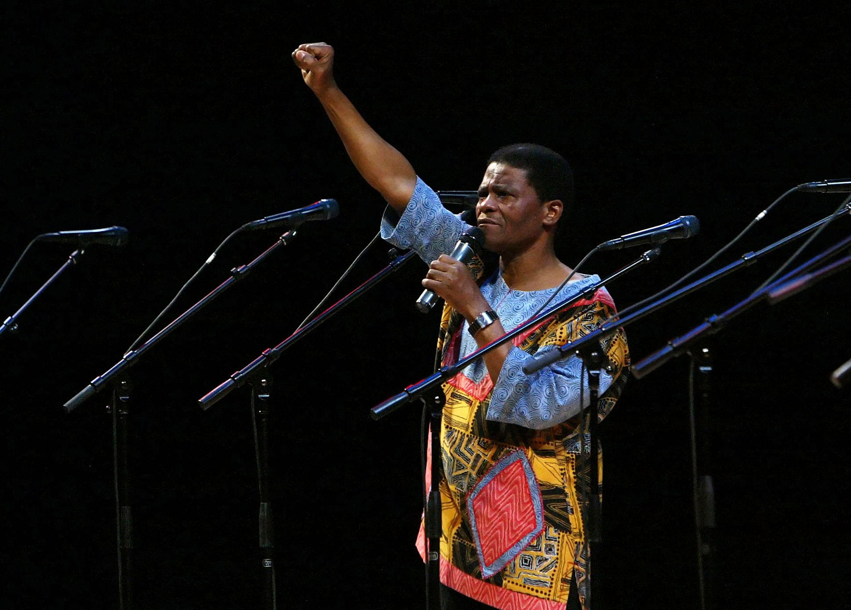 Joseph Shabalala, Ladysmith Black Mambazo Founder, Dead at 78 - EpicNews