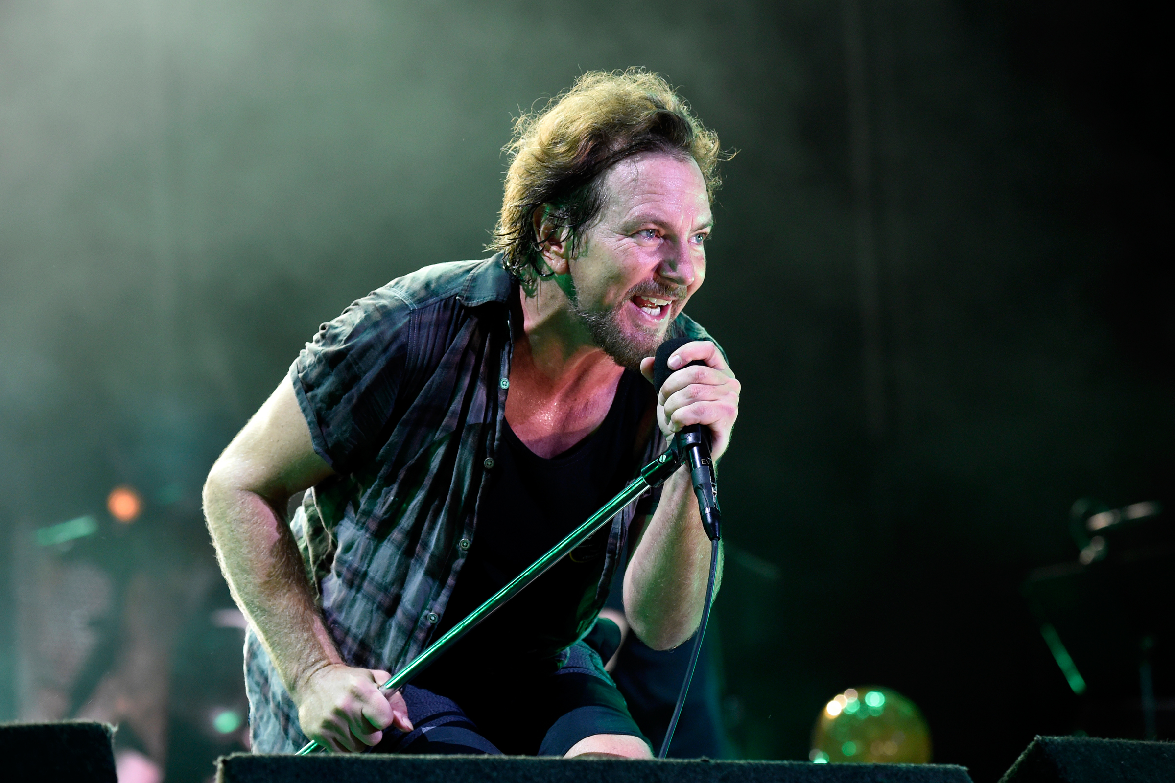 Pearl Jam's New Song Only Accessible by Pointing Your Cellphone at the Moon