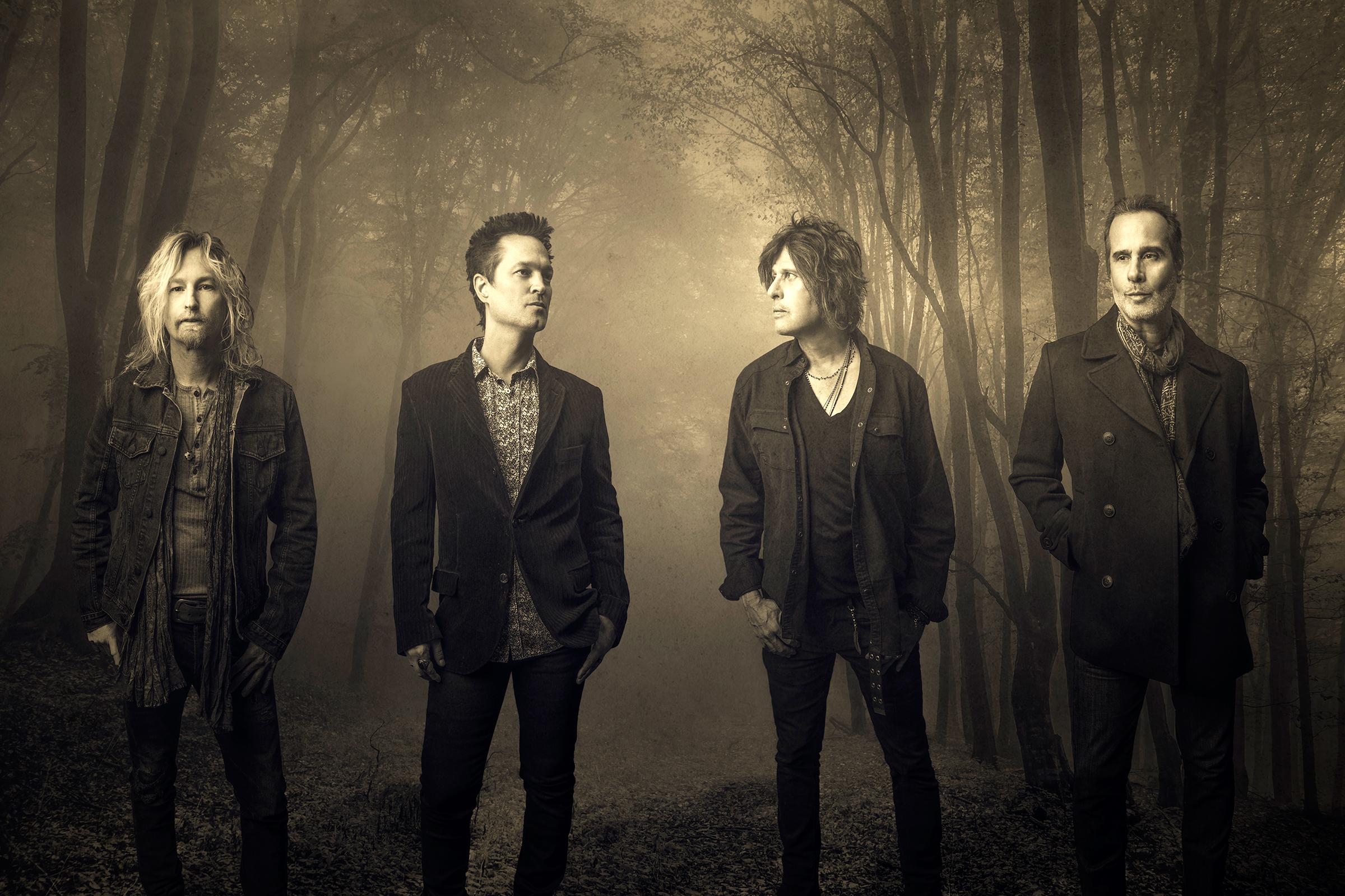 Stone Temple Pilots Unplug and Lose Their Identity on New Album, 'Perdida'