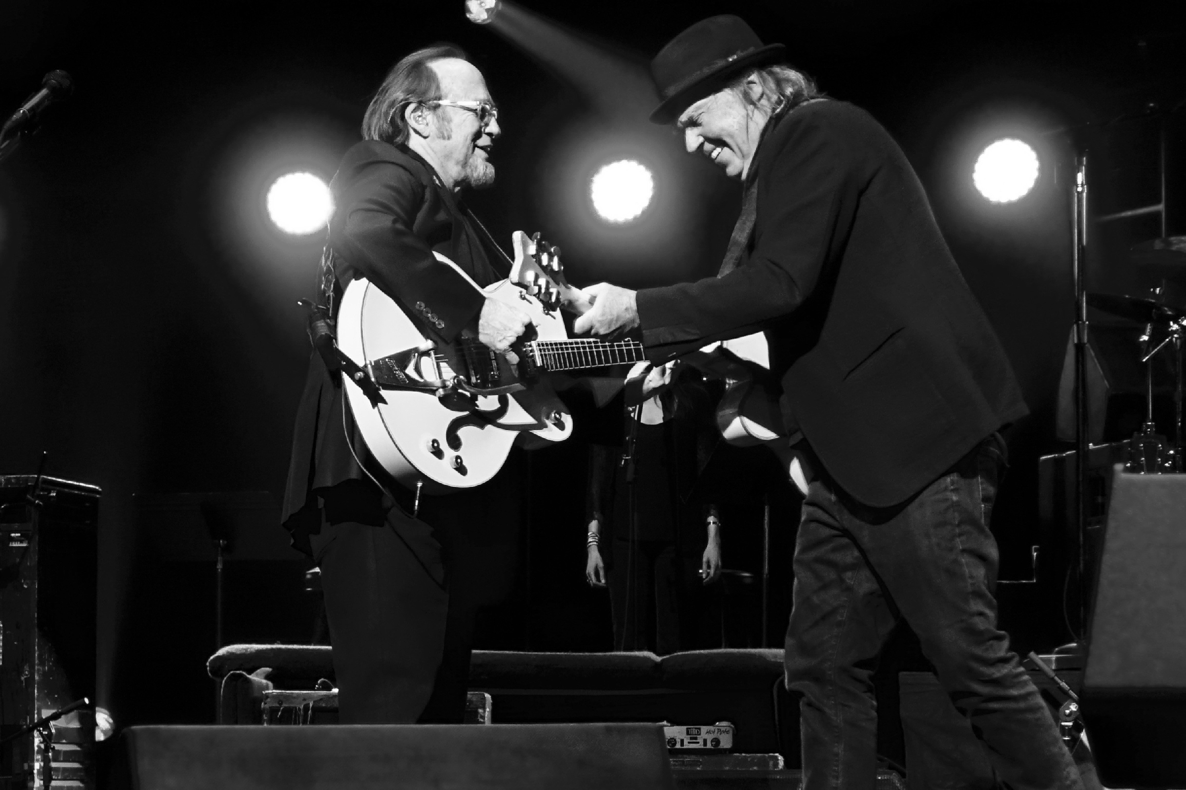 Neil Young, Stephen Stills and Willie Nelson Unite for Los Angeles Autism Benefit